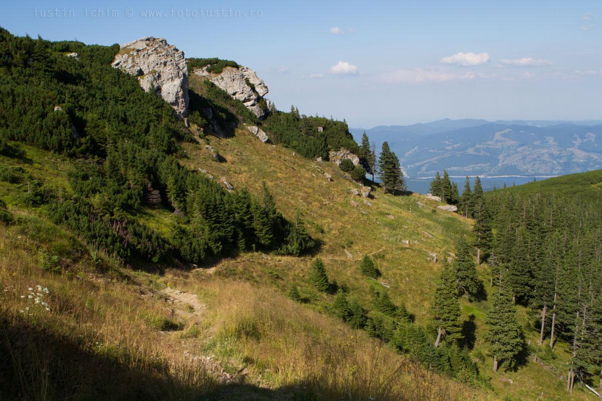 Carari frumoase de munte