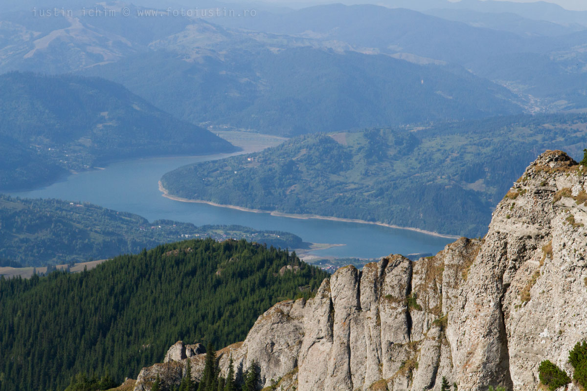Lacul Izvorul Muntelui (Lacul Bicaz)