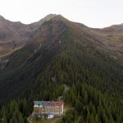 Munții Făgăraș, Cabana Negoiu
