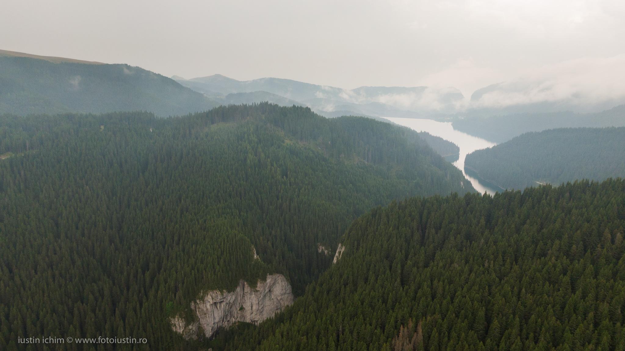 Lacul Bolboci, Cheile Tătarului