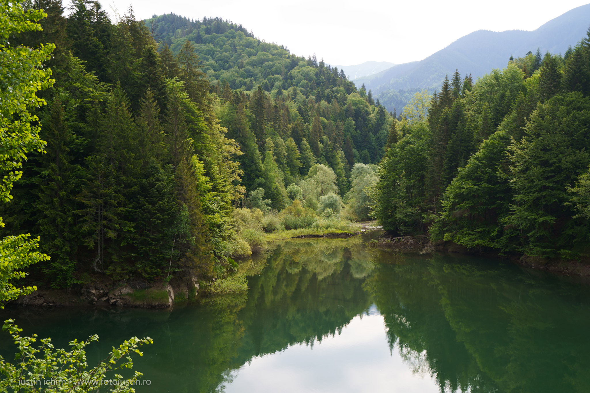 Lacul Văsălatu, Nucșoara