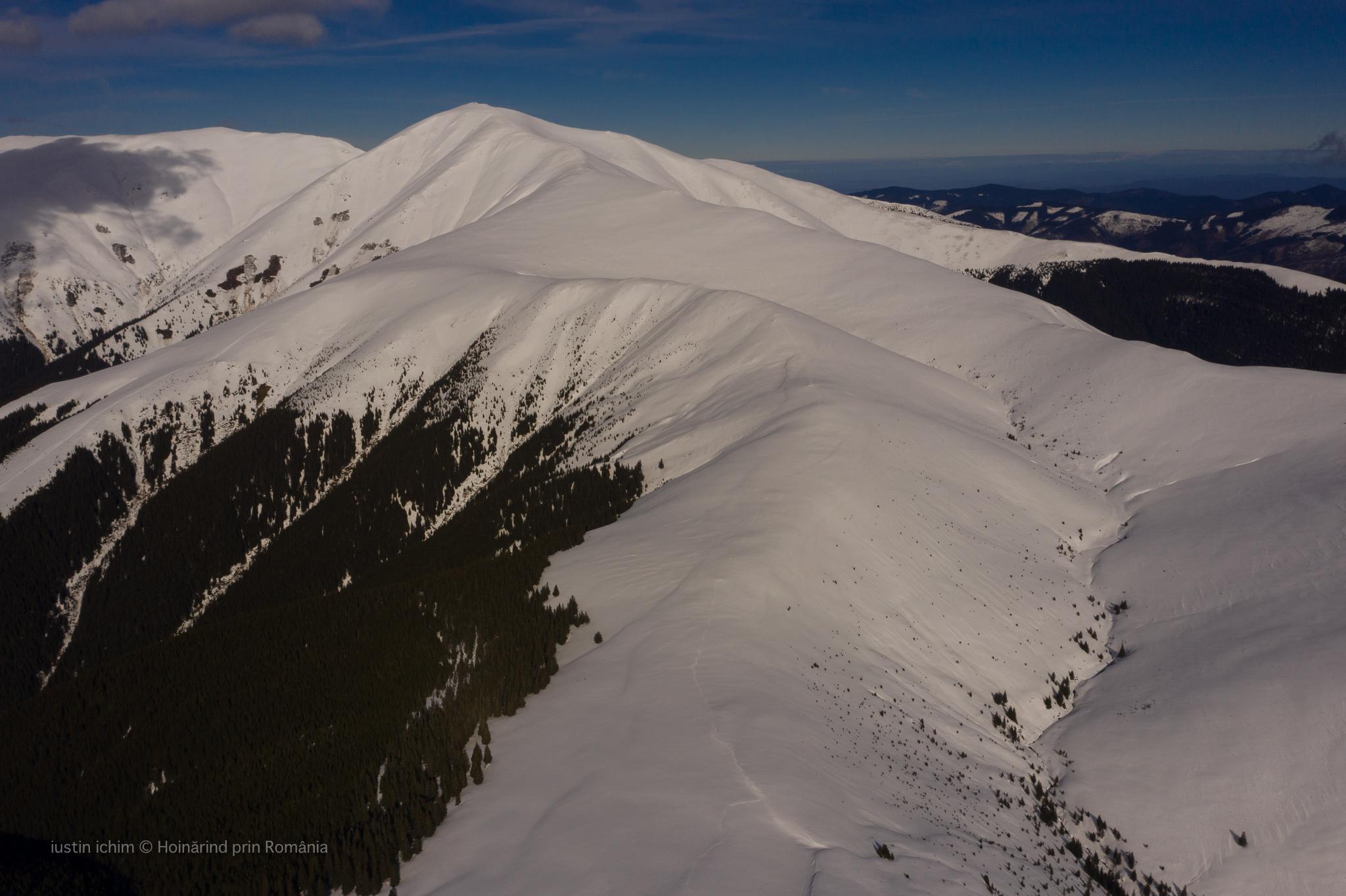 Munții Iezer Păpușa, Vf. Păpușa (2391 m)