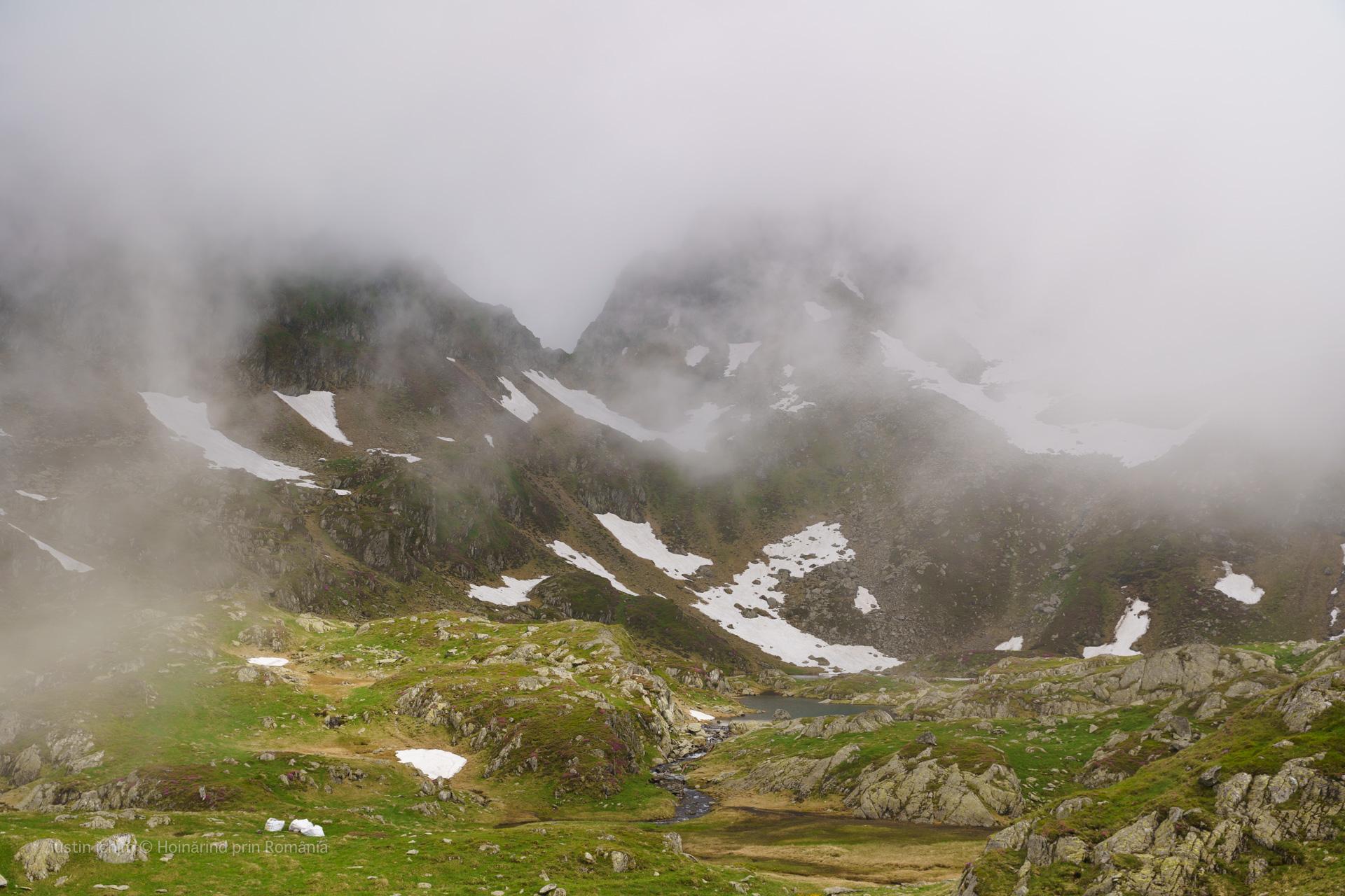 Munții Făgăraș, Lacul Podragu